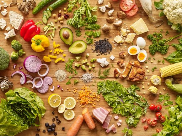 Food and diet for good skin