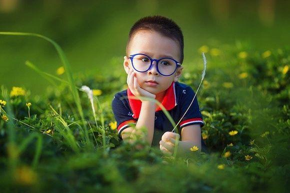 Кои очни заболявания, от които родителя страда могат да се проявят наследствено и съответно налагат по-чести профилактични прегледи на децата?