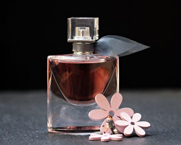 Етерично масло от жасмин се изпозлва в парфюмерията