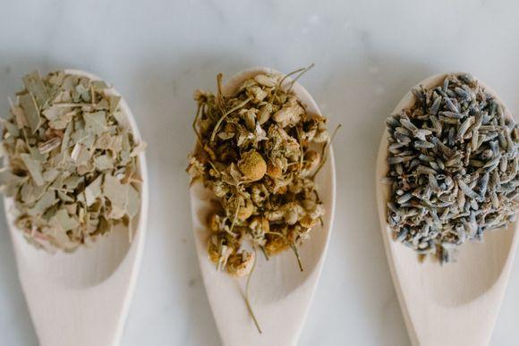 inhalation with herbs