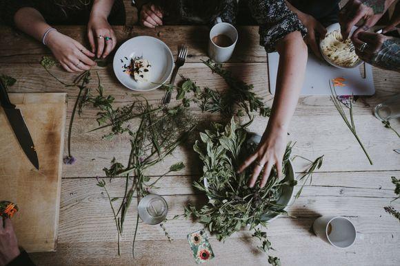 кои билки не трябва да се приемат с обезболяващи
