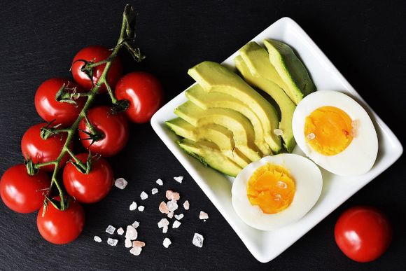 Healthy fat and proteins are the basis of keto diet